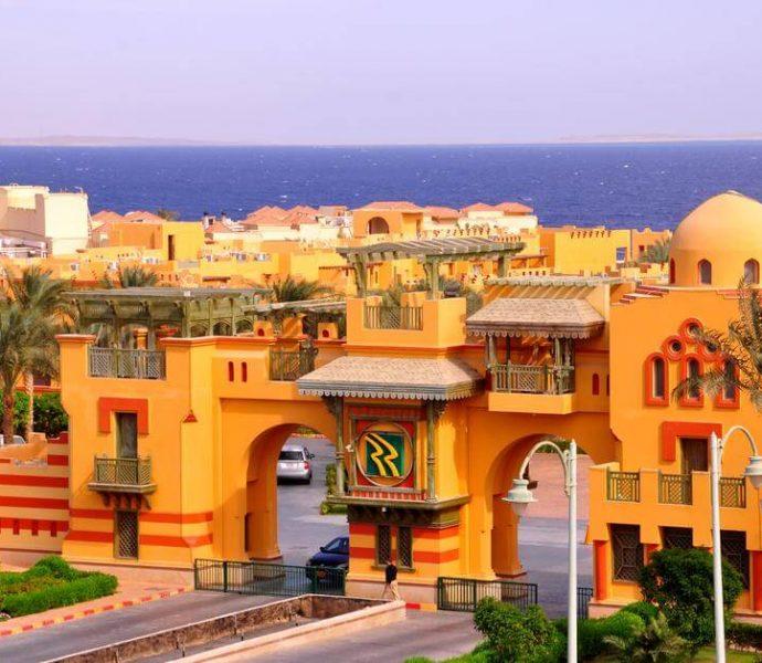 Rehana Royal Beach Resort & SPA 5*