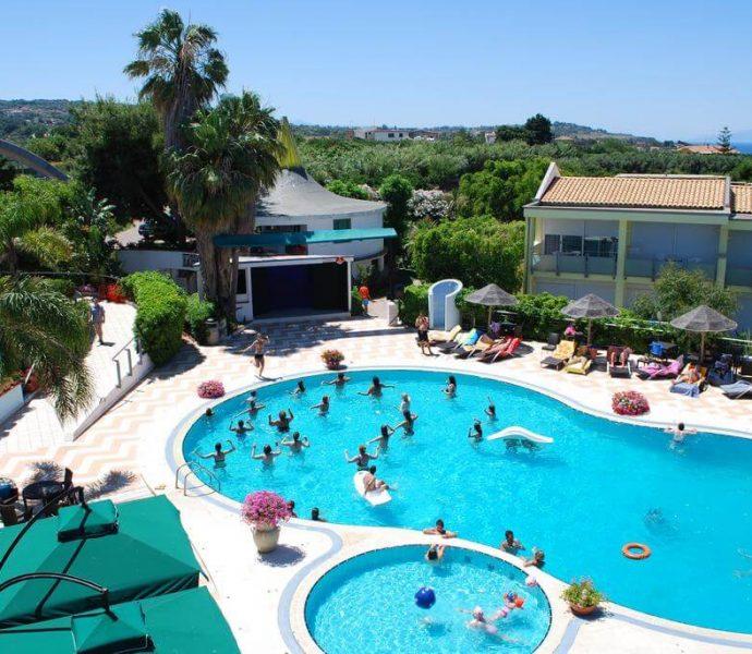 Hotel Villaggio Stromboli 4*