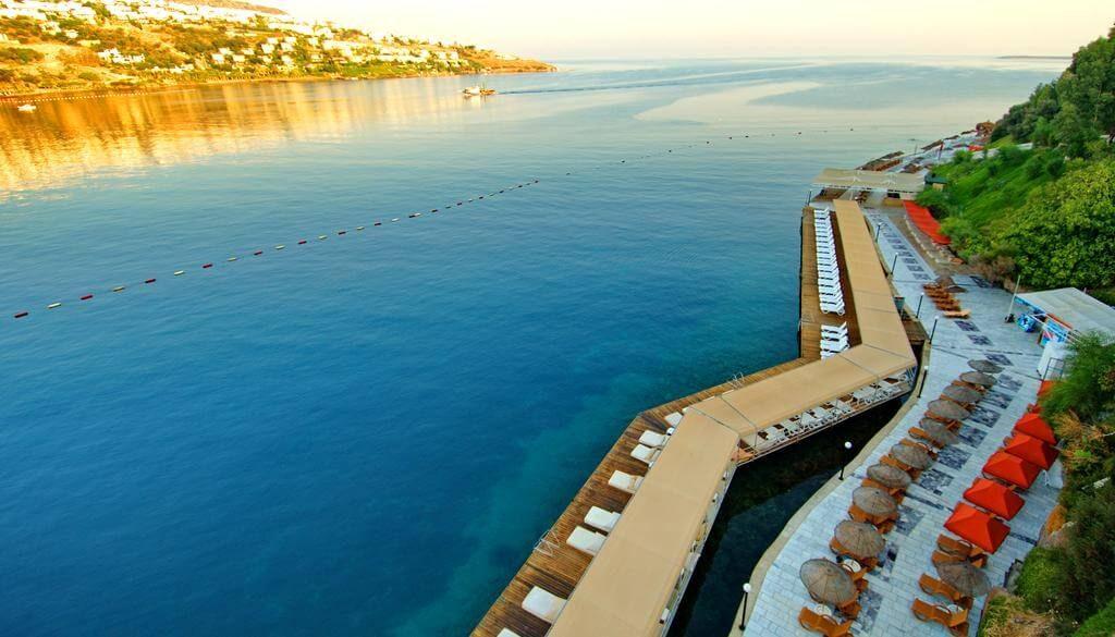 Green Beach Resort 5*