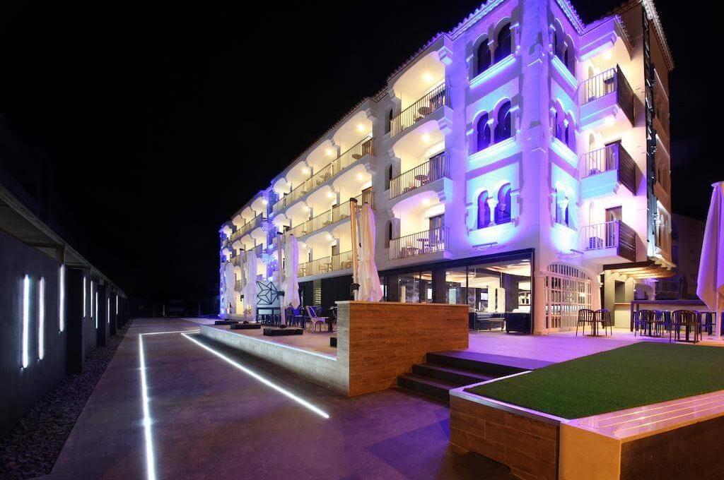 The Element Hotel (Ex Esmeralda Apart) 4*