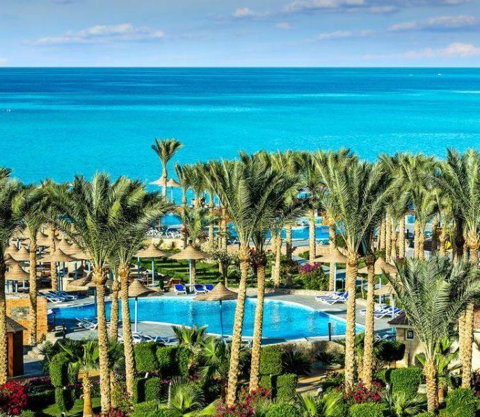 Hawaii Riviera Resort & Aqua Park 5*