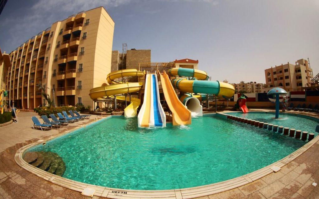 Sphinx Aqua Park Beach Resort 4*