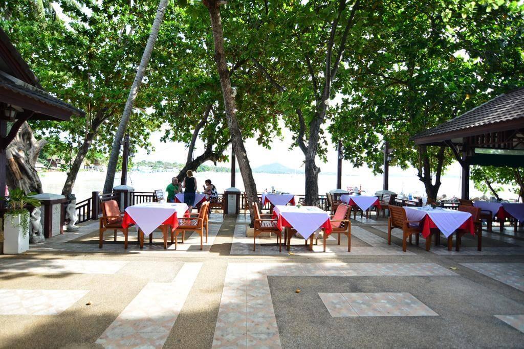 First Bungalow Beach Resort 3*