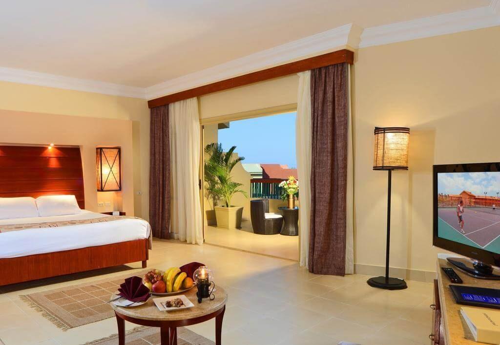 Coral Sea Holiday Resort 5*