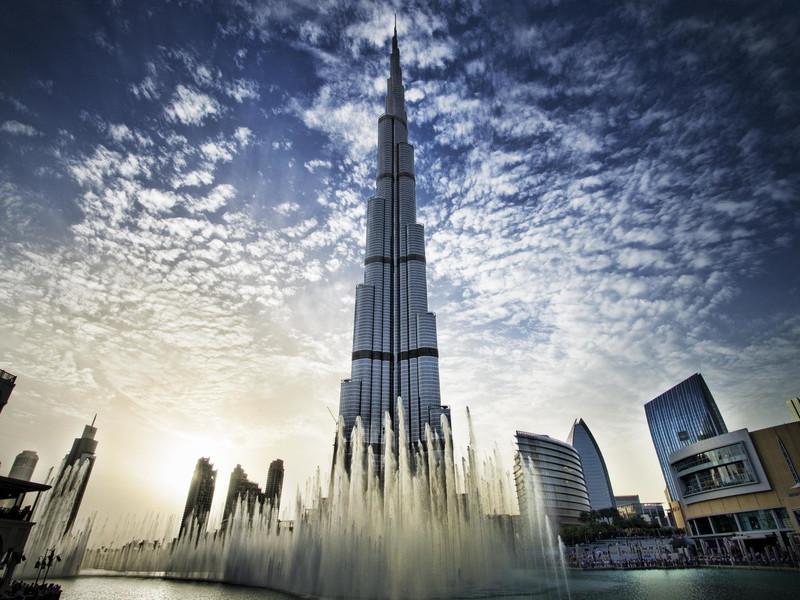 Картинки по запросу В аэропорту Дубая можно отправиться в 3D-экскурсию
