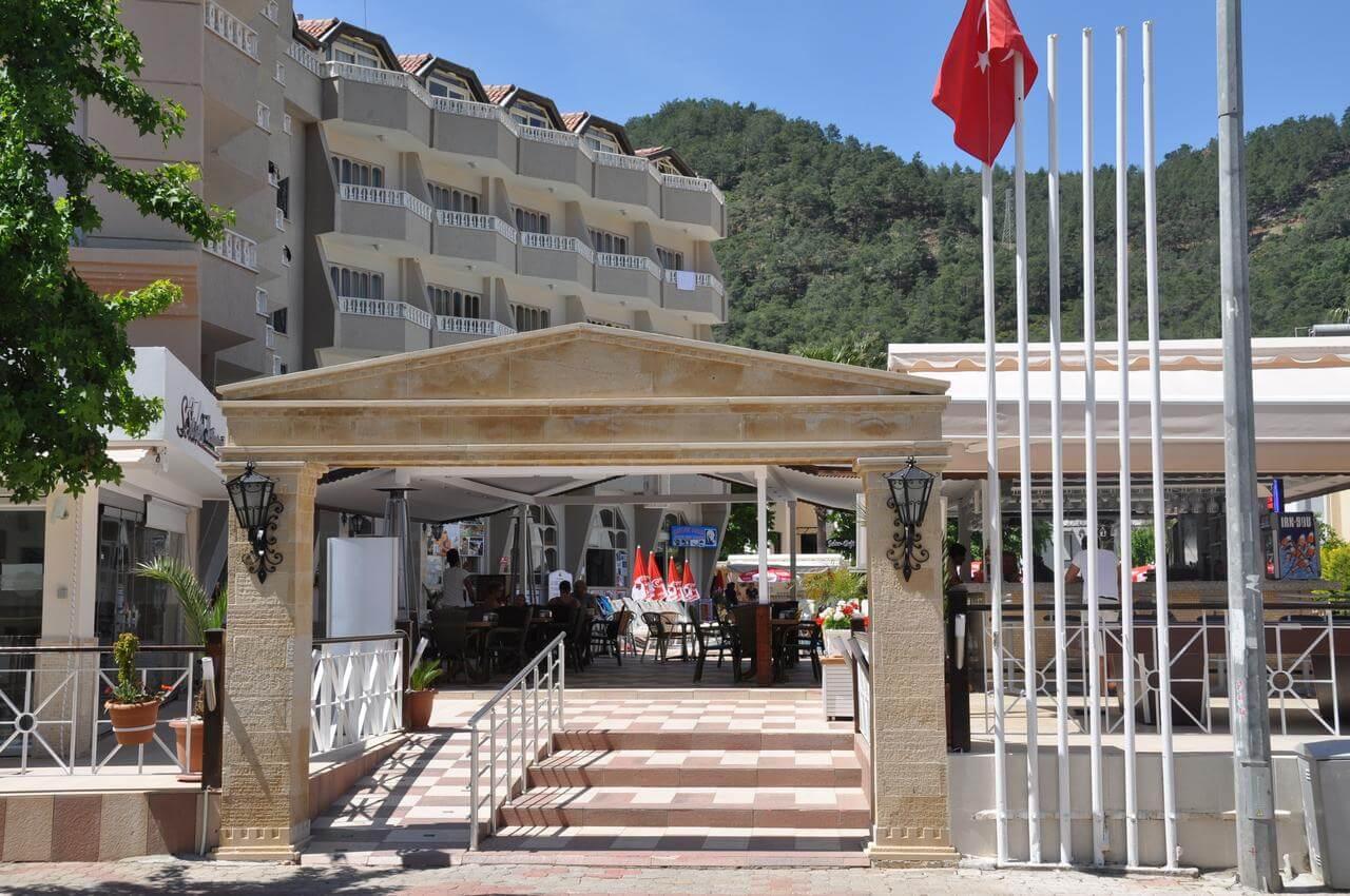 Club Selen Hotel 4*