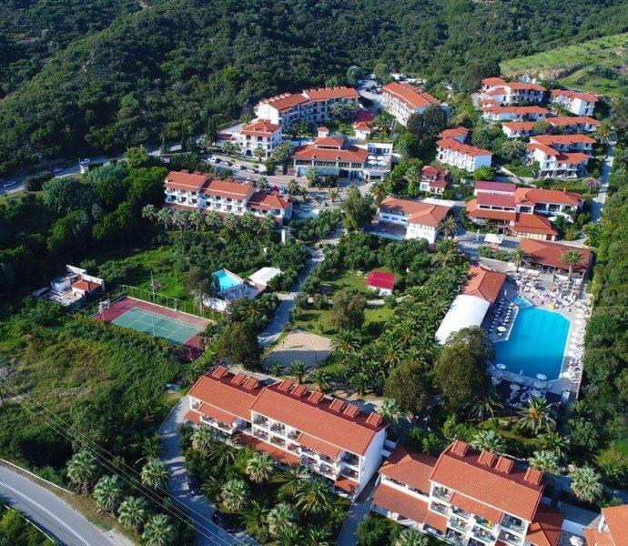 Bomo Aristoteles Holiday Resort & SPA 4*