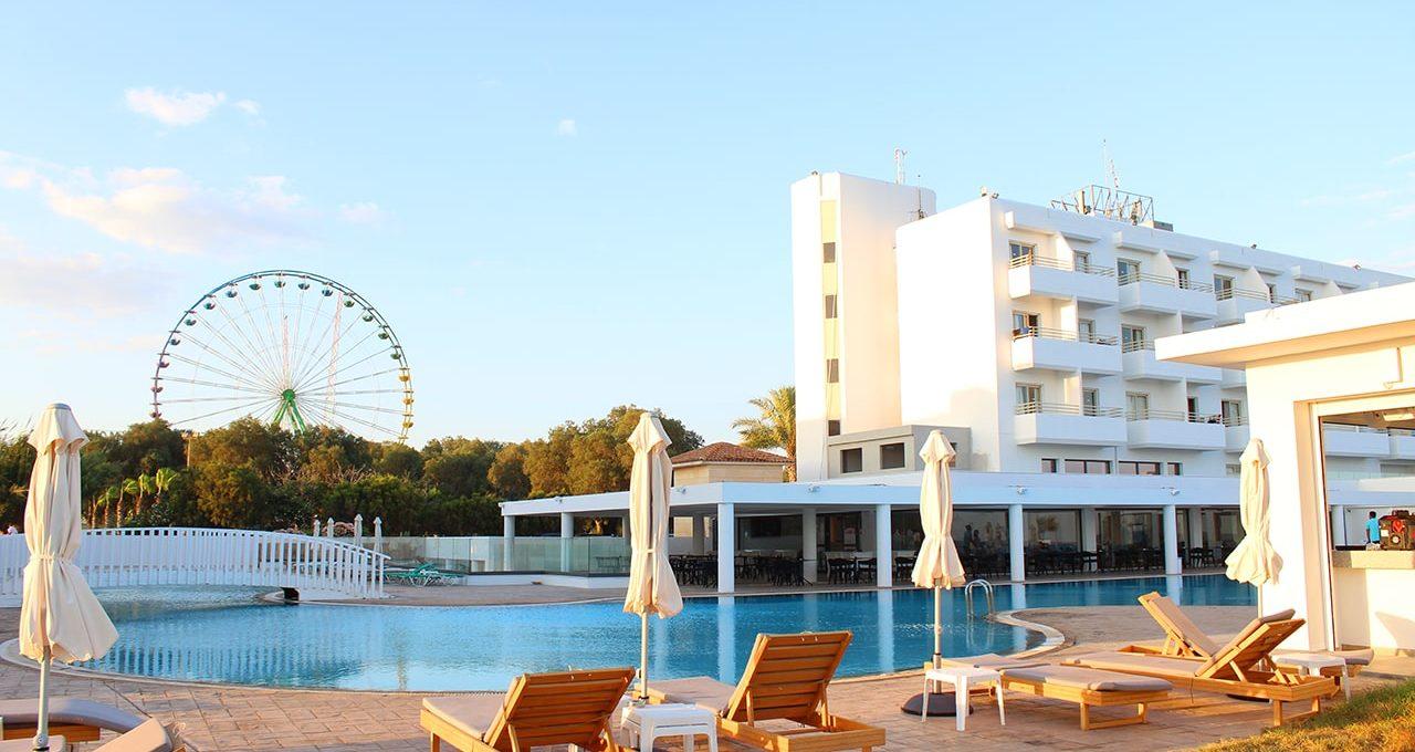 Piere Anne Beach Hotel3*