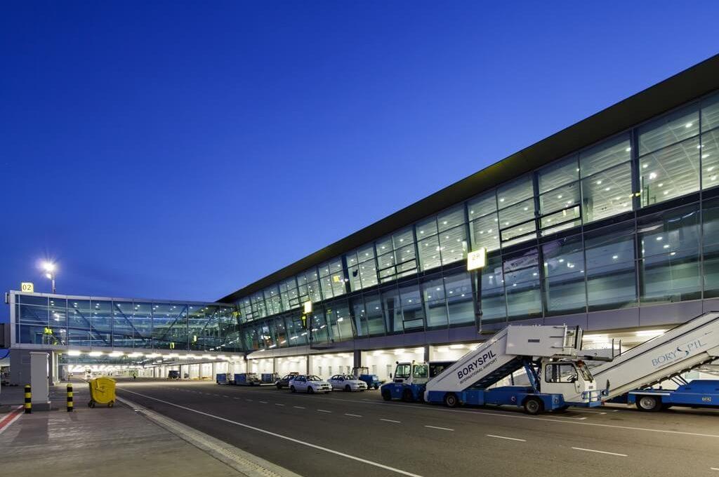 В аэропорту «Борисполь» озвучили цены на услуги нового паркинга