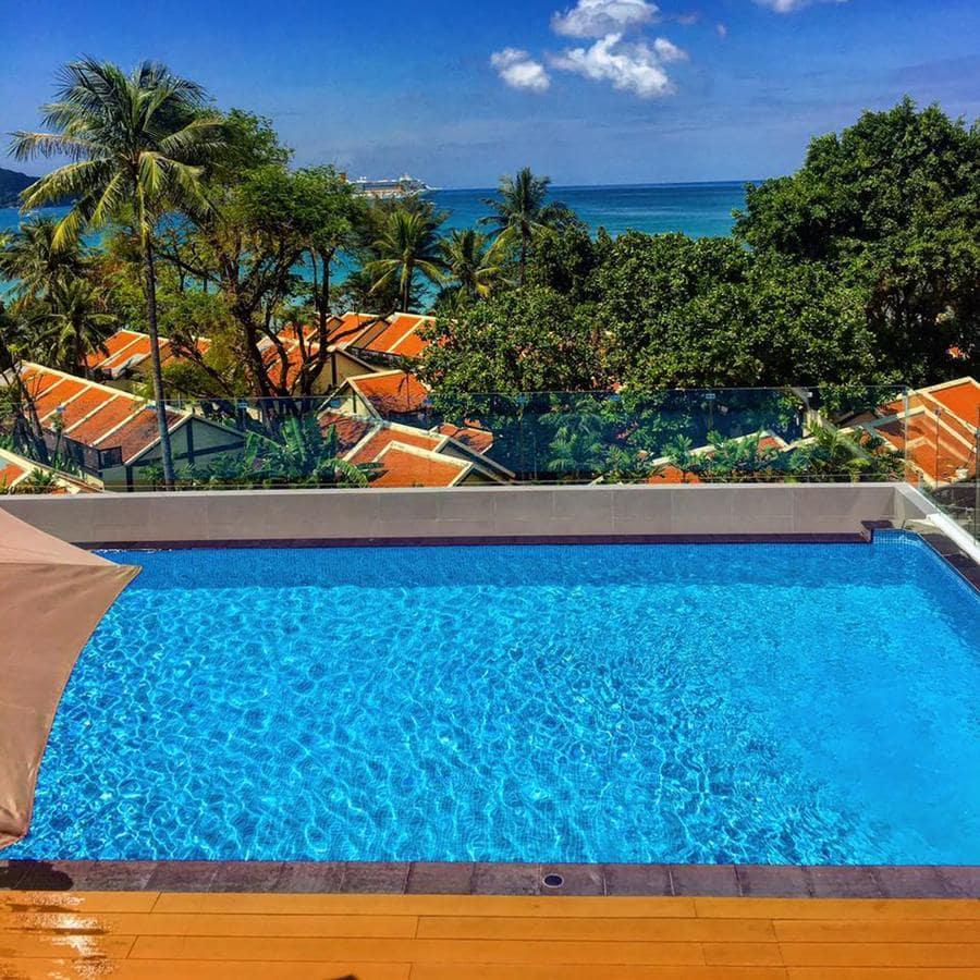 Araya Patong Beach Hotel 4