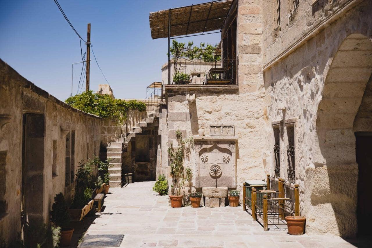 Aza Cave Hotel 5*