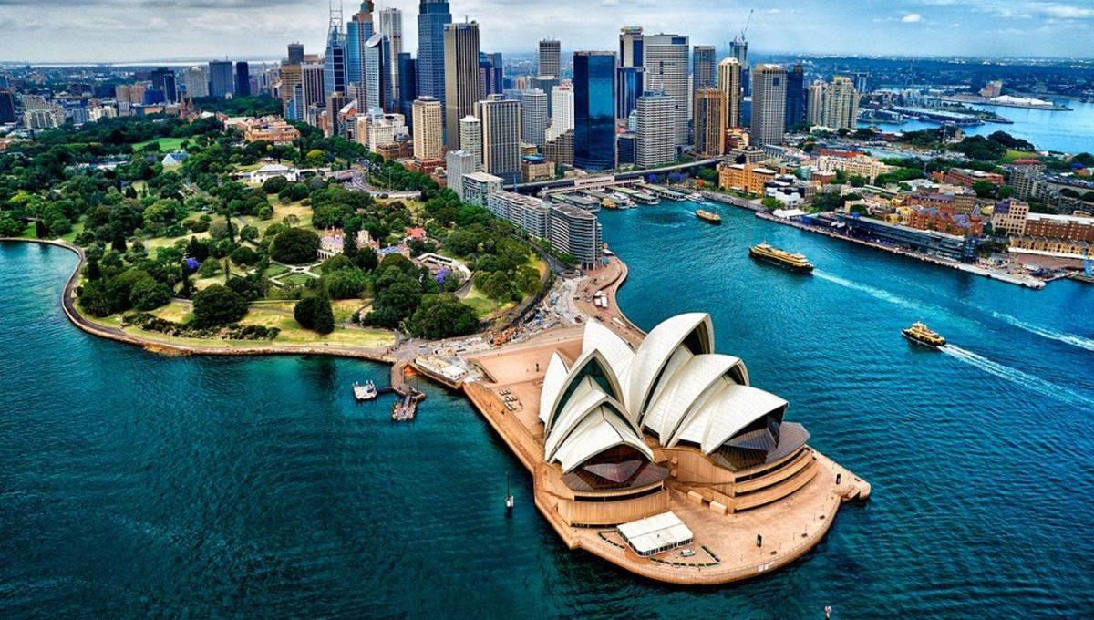 Австралия впервые за 1,5 года откроет границы